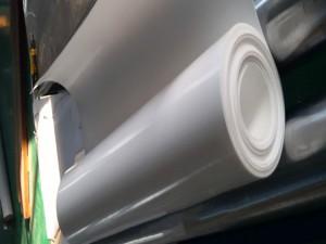 聚四氟乙烯板材料的表面性能